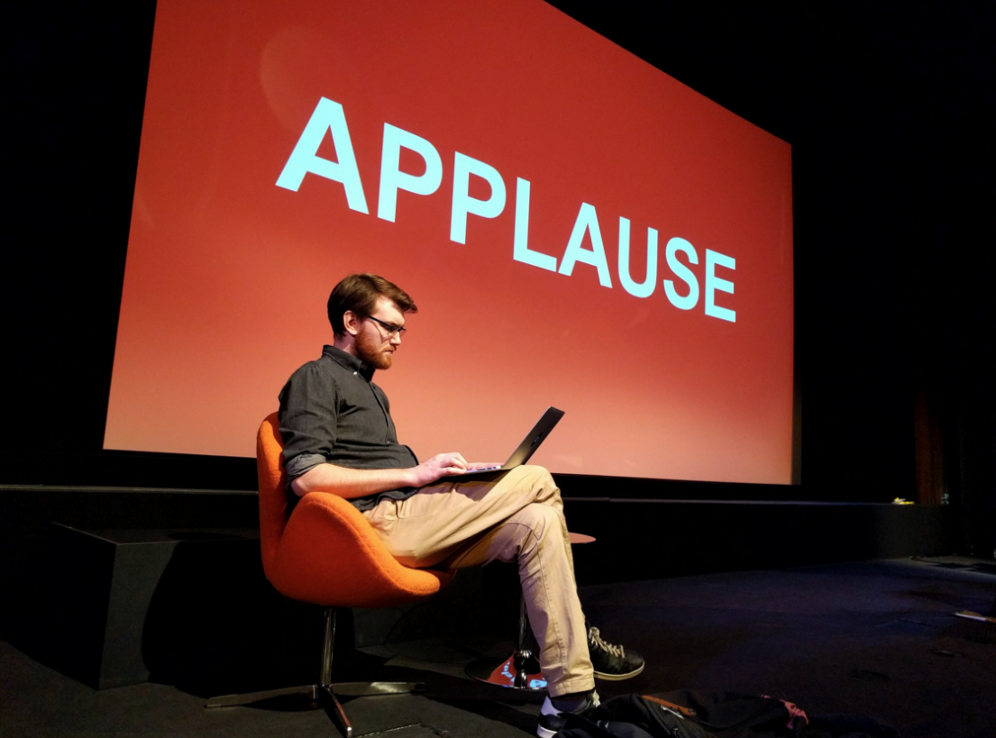 Applause slide