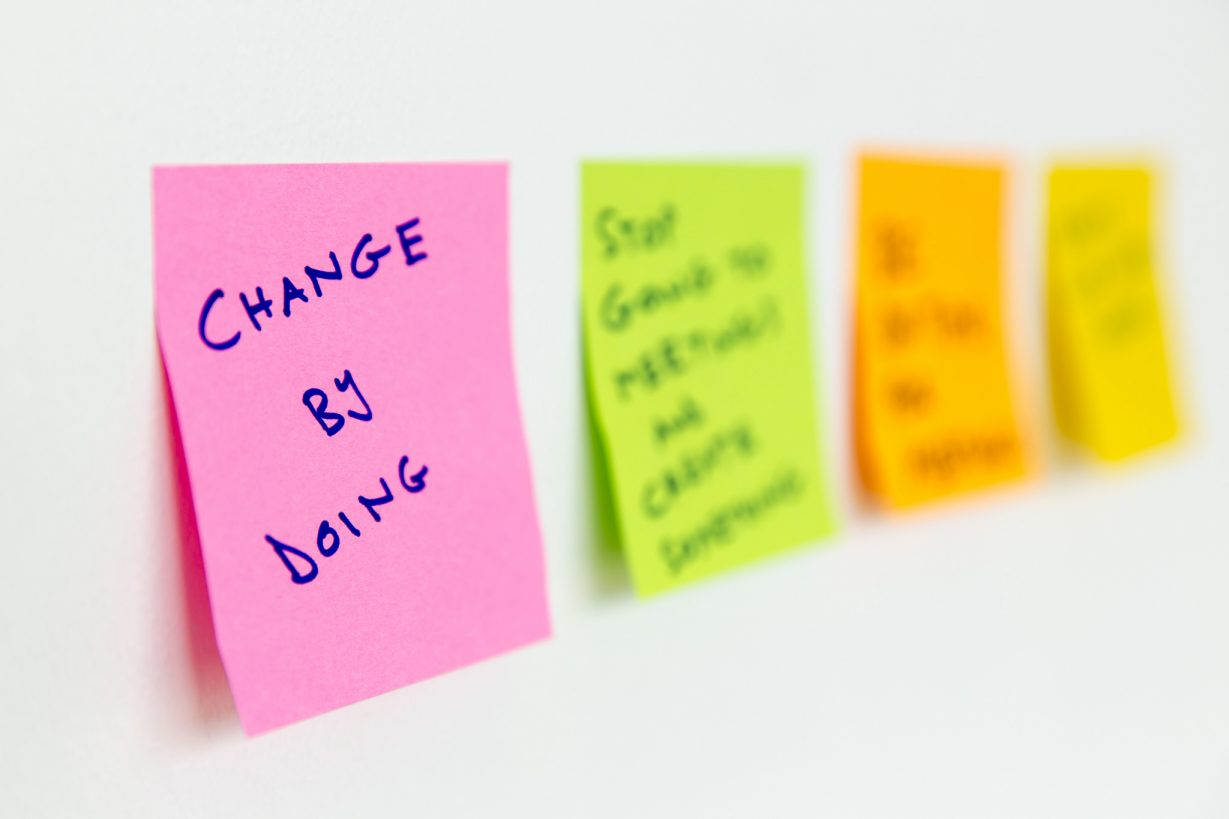 change by doing post-it